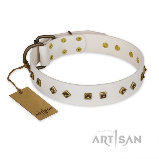 'Snow Cloud' FDT Artisan White Leather Doberman Collar with Square and Rhomb Studs
