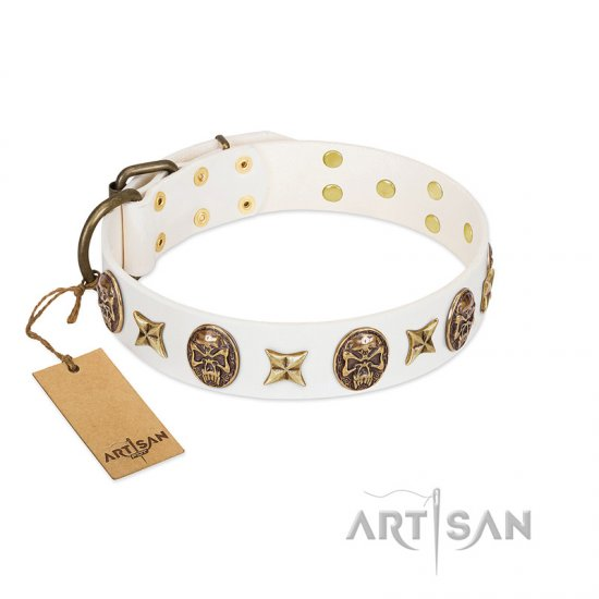 """Fads and Fancies"" FDT Artisan White Leather Doberman Collar with Stars and Skulls - Click Image to Close"