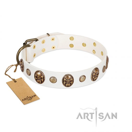 """Fatal Beauty"" FDT Artisan White Leather Doberman Collar with Old Bronze-like Studs and Oval Brooches"