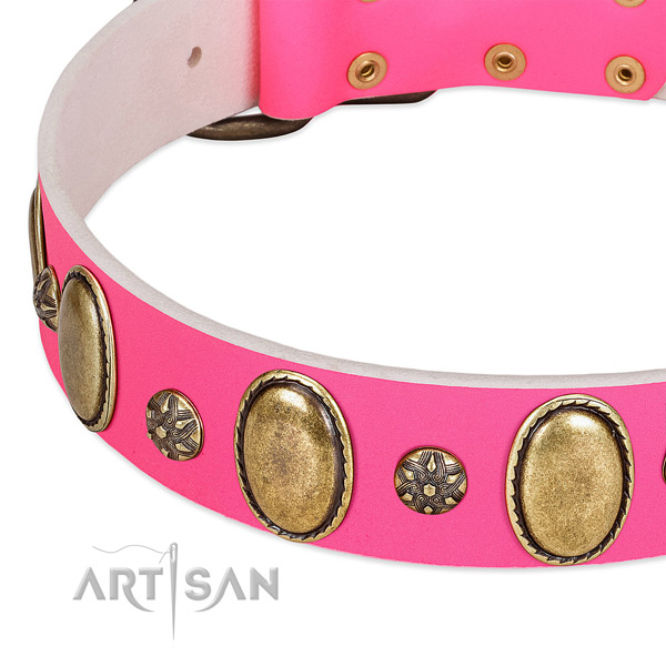 Handy use high quality genuine leather dog collar with decorations