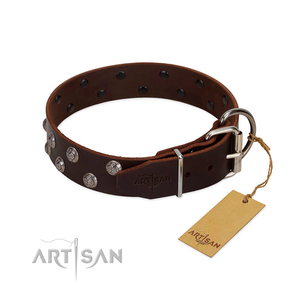 Comfortable collar of full grain genuine leather for your dog