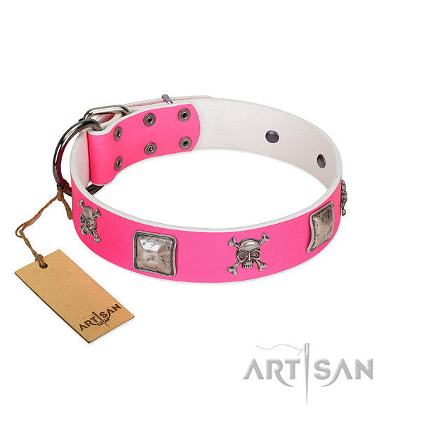 Remarkable full grain genuine leather collar for your stylish pet