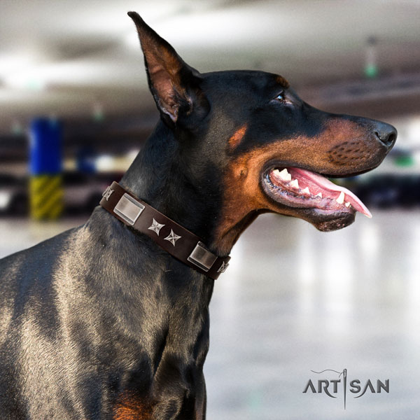 Doberman stylish design natural genuine leather collar with studs for your doggie