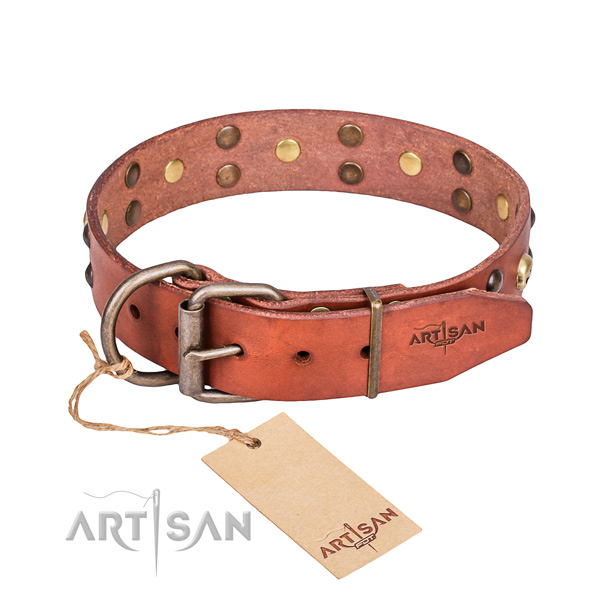 Leather dog collar with smooth edges for pleasant walking