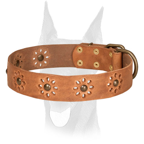 Leather Doberman collar with flower decoration